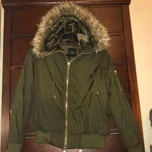 Hooded puffer jacket — Forever 21